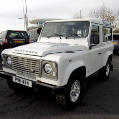 2015/15 Land Rover Defender 90 County Station Wagon 2.2 TDCI 1 Owner County Extras 21,685 Miles
